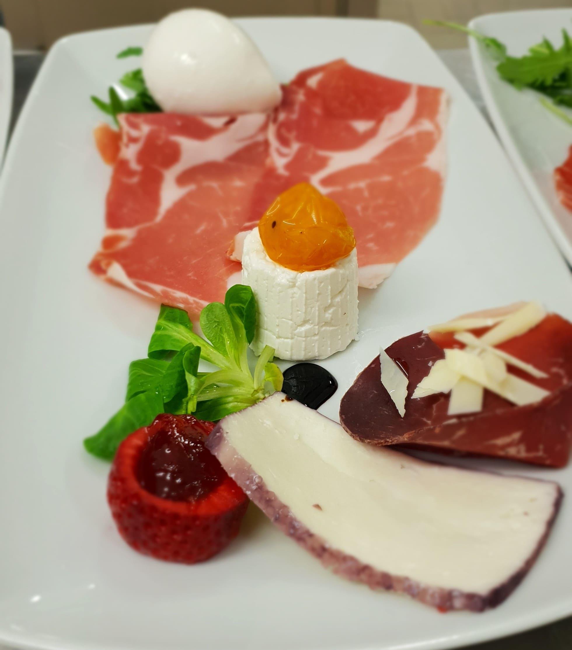 ristorantevillacimmino
